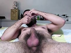 hairy guy wanks