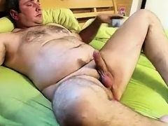 Man shows live in front of webcam and comes to orgasm Ass Schow