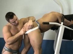 Tattoo bodybuilder anal sex with facial