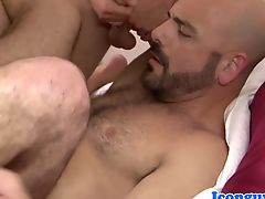 Sinful assfucking threesome with young hunks