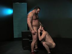 Hairy wolf anal sex with cumshot