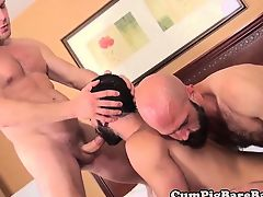 Threeway drilled wolf sucks hard cock