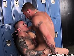 Tattooed wolf assfucked by muscular top