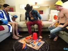 Latin jock threesome with cumshot