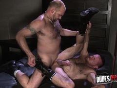 Peter Axel and Carl Barnes Bareback Flip Fuck - DudesRaw