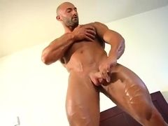 Muscle Worship - Max Chevalier 2