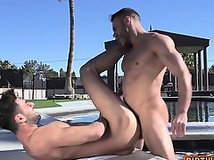 Muscle bear anal with cumshot