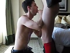 Face fucking guy in hotel room, cum in his mouth