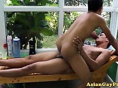 Barebacking asian gays blowing their loads
