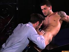Muscle jock anal sex with facial cum