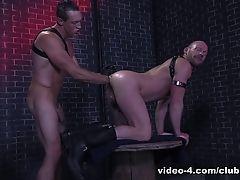 Mike Tanner & Pierce Paris in Fistin Alley - ClubInfernoDungeon